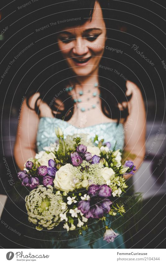 Love is in the air (39) Feminine Woman Adults 1 Human being 18 - 30 years Youth (Young adults) 30 - 45 years Beautiful Bouquet Bride Wedding dress Blue