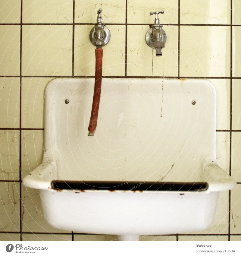 Old Water White Yellow Metal Dirty Design Living or residing Retro Clean Bathroom Plastic Tile Disgust Hose Tap