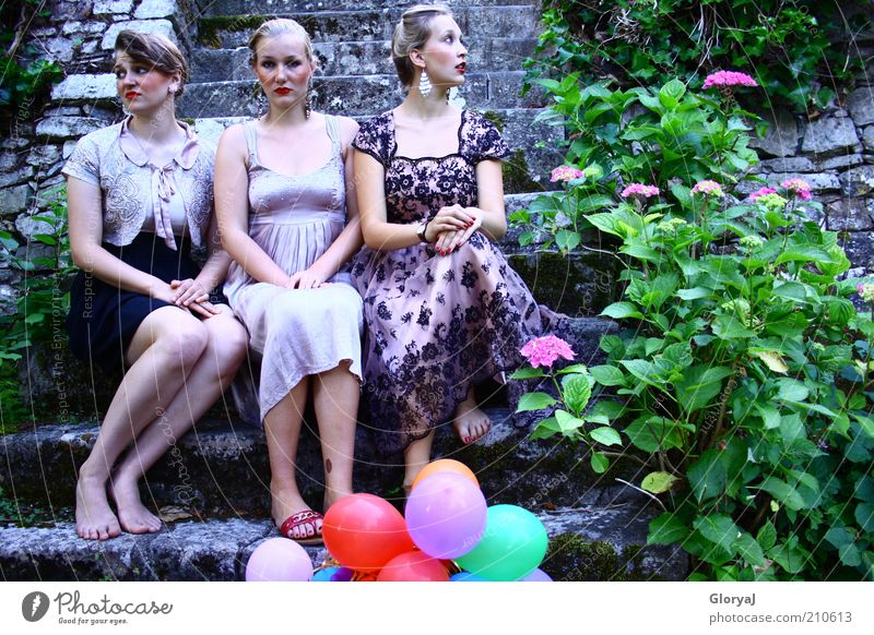 Invisible thinking Elegant Life Feasts & Celebrations Feminine Young woman Youth (Young adults) 3 Human being 18 - 30 years Adults Flower Hydrangea Castle