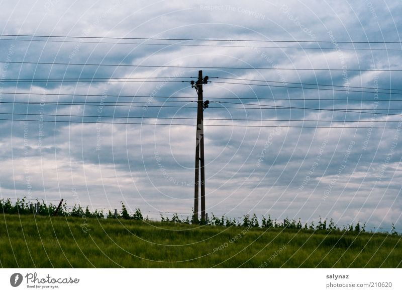 Sky Green Blue Summer Clouds Grass Gray Weather Energy industry Electricity Electricity pylon High voltage power line Clouds in the sky Cloud cover