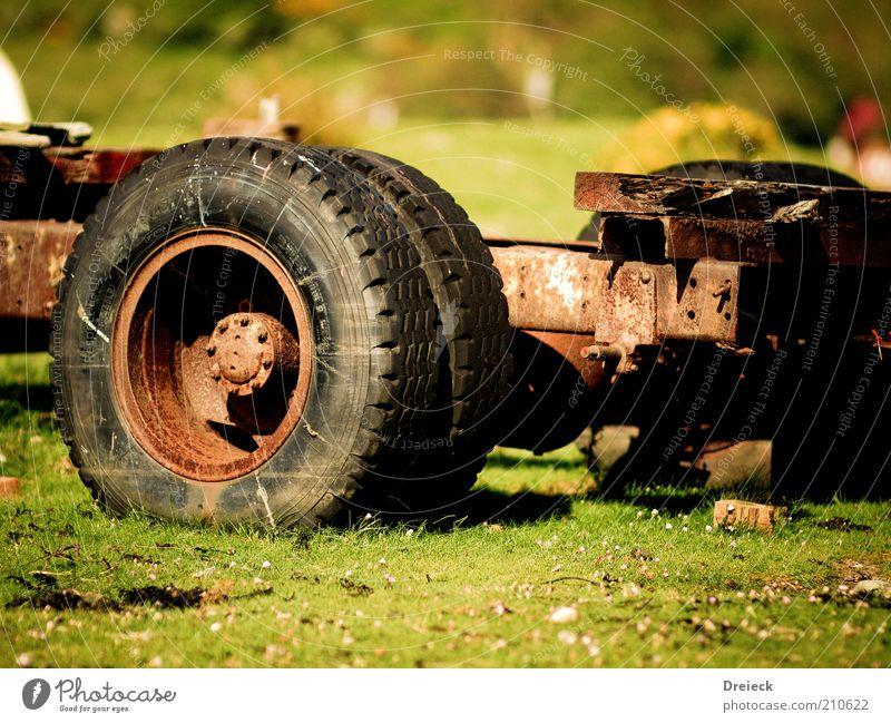 natural rust Sunlight Deserted Truck Trailer Metal Rust Old Broken Tire Colour photo Multicoloured Exterior shot Day Shadow Contrast Shallow depth of field