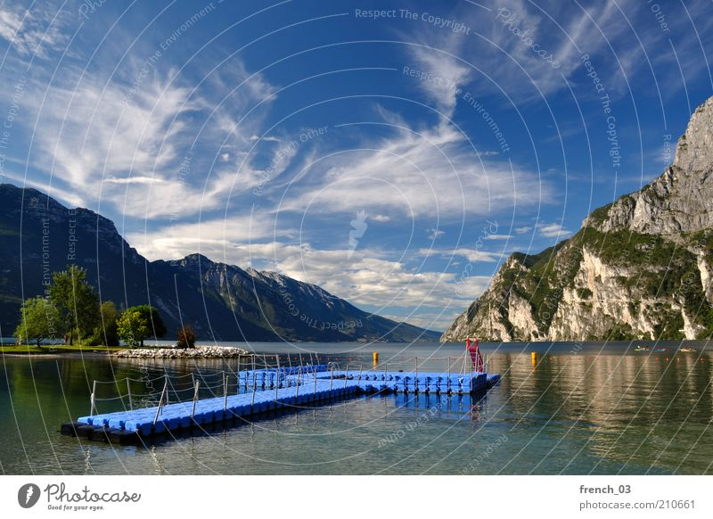 As if you could bathe there Relaxation Calm Vacation & Travel Sun Water Sky Clouds Beautiful weather Mountain Lakeside Riva del Garda Italy Looking Blue
