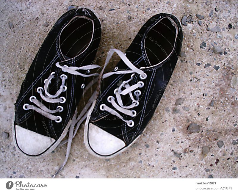Old Life Style Fashion Leisure and hobbies Footwear Walking In pairs Shabby Sneakers Chucks Second-hand Expired Trite
