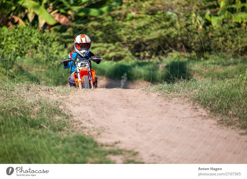 Motocross Motorsports Ride Racecourse Boy (child) 1 Human being 3 - 8 years Child Infancy Motorcycle Cute Self-confident Motocross racing Youth (Young adults)