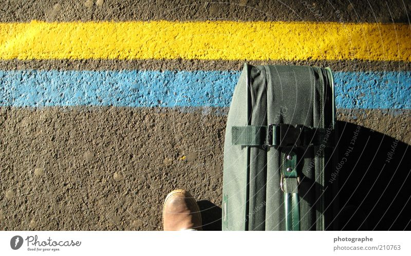 attestation Feet Train station Platform Footwear Blue Yellow Green Suitcase Colour photo Exterior shot Detail Copy Space left Sunlight Bird's-eye view Passenger