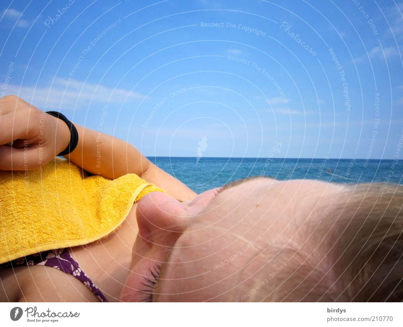 relaxation Relaxation Summer Sunbathing Ocean Feminine Head Face 1 Human being Water Sky Horizon Sunlight Bikini Blonde To enjoy Dream Hot Beautiful Blue Yellow