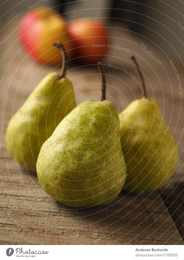 Healthy Eating Fruit Sweet Delicious Organic produce Apple Mature Wooden table Rustic Pear Vitamin-rich Abate