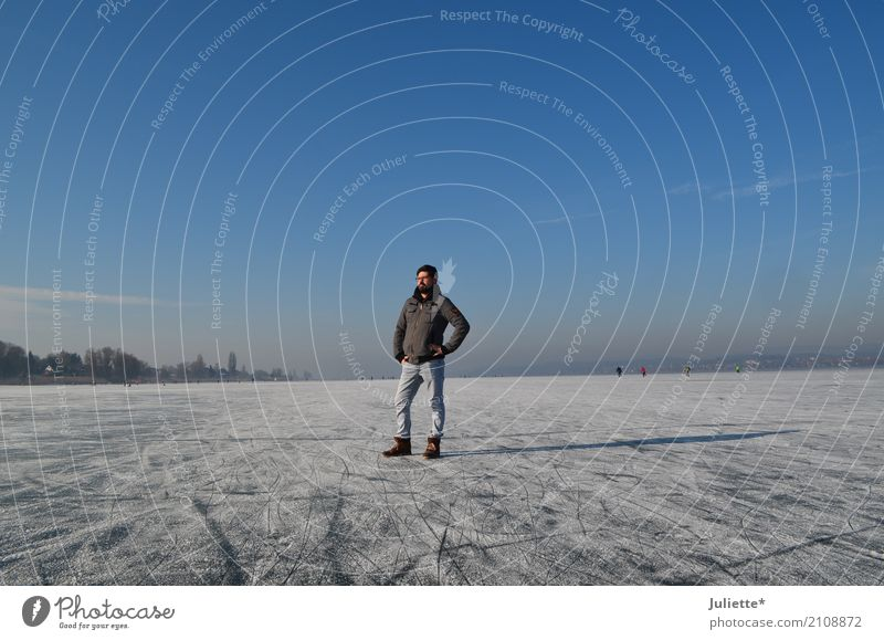 Men on ICE Masculine Young man Youth (Young adults) Man Adults 1 Human being 30 - 45 years Nature Sky Cloudless sky Winter Beautiful weather Ice Frost Island