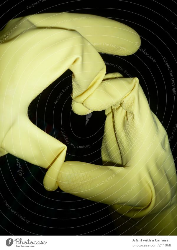A heart for dishwashers dishwasher gloves Hand Fingers Art Rubber Heart Yellow Black Infatuation Romance Do the dishes Creativity Gloves Indicate Signal Hint