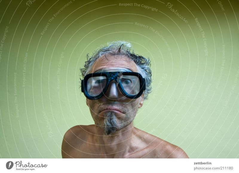 scuba diver Leisure and hobbies Aquatics Dive Man Adults Face Facial hair 45 - 60 years Eyeglasses Funny Wet Whimsical August Amazed Grotesque Goatee Diver