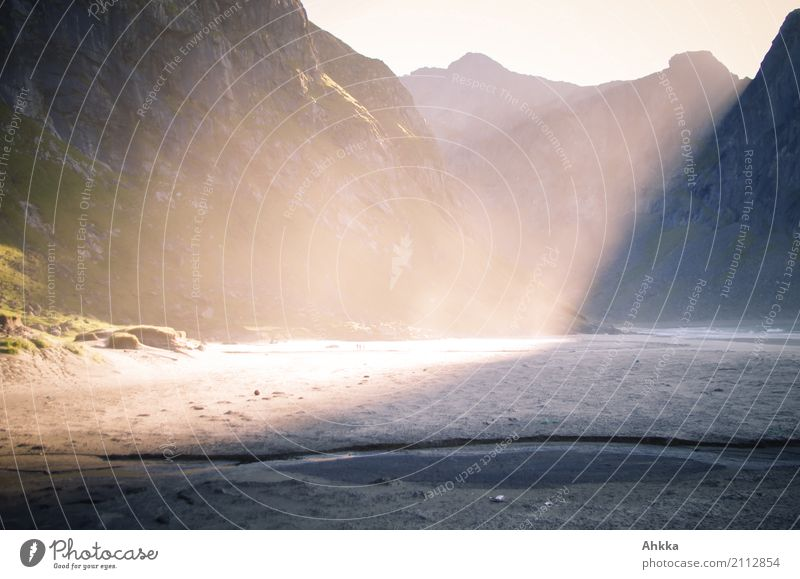 Play of light on the beach Elements Sand Sunrise Sunset Sunlight Mountain Beach Bay Lofotes Illuminate Exceptional Fantastic Gigantic Advice Uniqueness Emotions