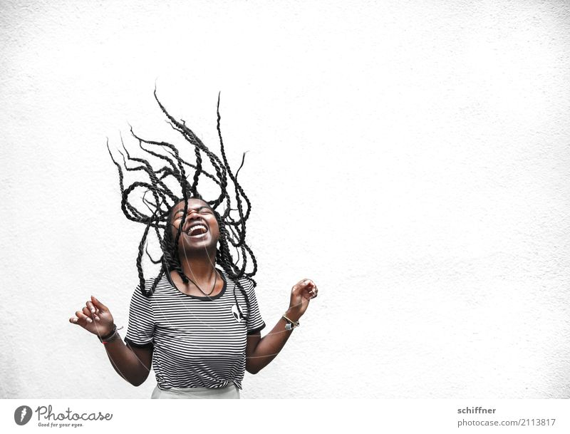 Woman with flying dreadlocks Human being Feminine Young woman Youth (Young adults) Hair and hairstyles 1 13 - 18 years 18 - 30 years Adults Laughter Scream