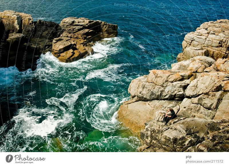 Human being Man Nature Water Green Blue Summer Stone Coast Waves Masculine Rock Sit Vantage point Threat Observe