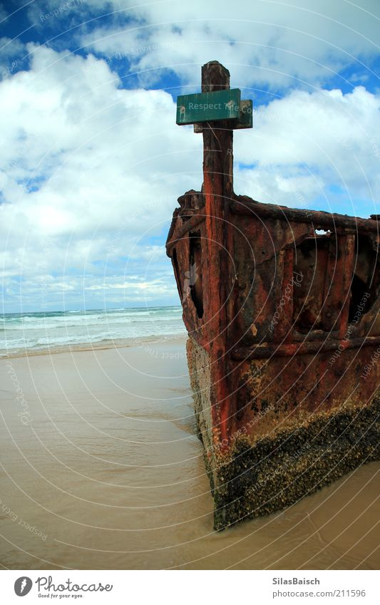 aground Sand Clouds Waves Coast Beach Bay Ocean Island Means of transport Navigation Fishing boat Sport boats Watercraft Wreck Old Dark Sharp-edged Creepy