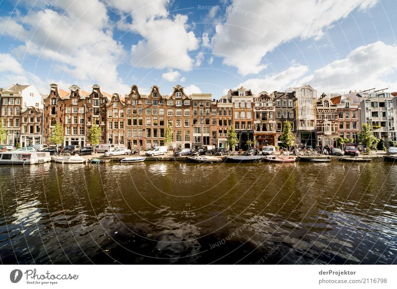 Townhouses in Amsterdam with canal Leisure and hobbies Vacation & Travel Tourism Trip Sightseeing City trip Living or residing Flat (apartment)