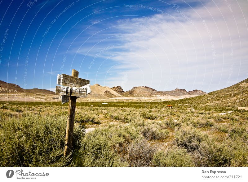Go West! Mountain Desert Lanes & trails Signs and labeling Vacation & Travel To dry up Old Far-off places Hot Bright Historic Gloomy Dry Warmth Wild Wanderlust