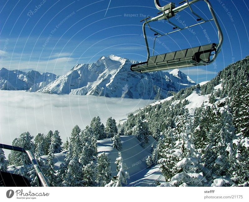 Sky White Snow Mountain Landscape Fog Vantage point Fir tree Elevator Winter sports