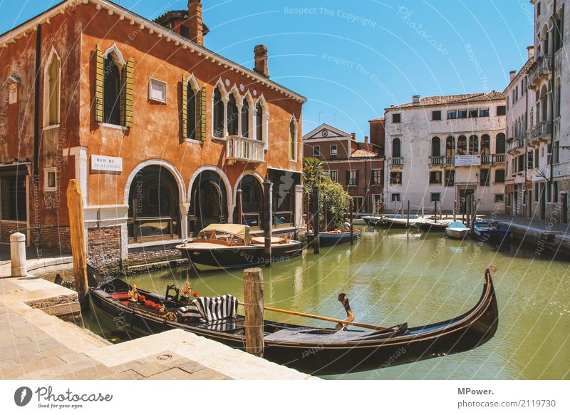 Venice Village Fishing village Town Old town Deserted House (Residential Structure) Harbour Wall (barrier) Wall (building) Tourist Attraction Transport