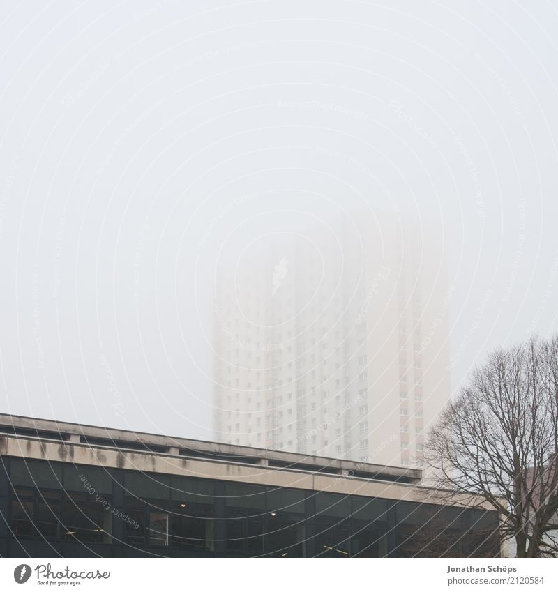 Town House (Residential Structure) Winter Window Architecture Cold Facade Fog High-rise Esthetic Gloomy Manmade structures Skyline Downtown Haze Scotland