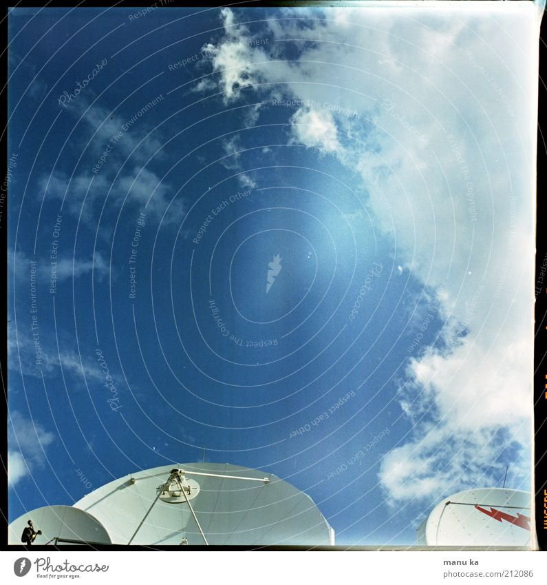 Sky Blue Clouds Loneliness Environment Internet Modern Future Communicate Telecommunications Contact Science & Research Universe Machinery Testing & Control