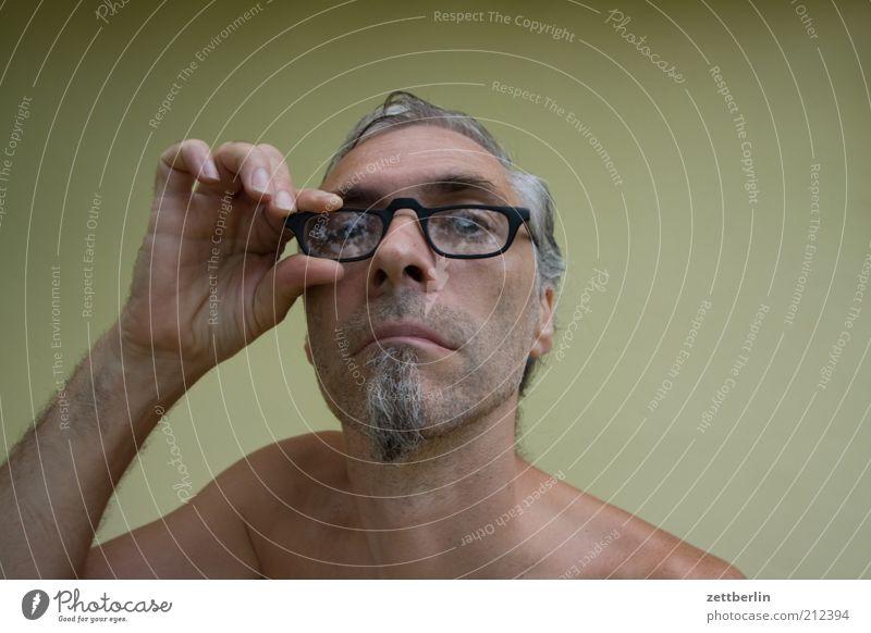 Man Adults Eyes Head Wait Observe Eyeglasses 45 - 60 years Facial hair Whimsical Testing & Control Direct Shoulder Teacher Frustration Vista