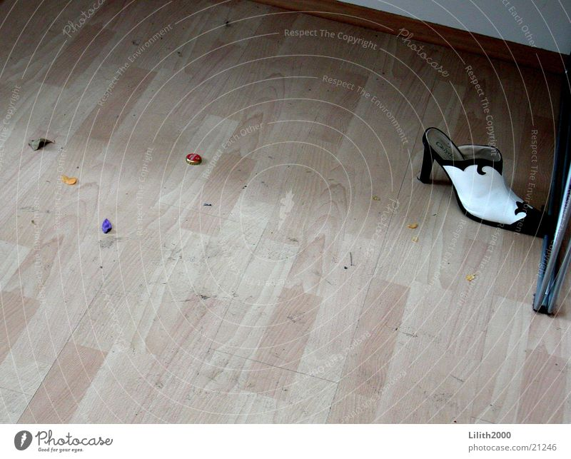 Footwear Dirty Floor covering Living or residing Cleaning Parquet floor High heels Laminate