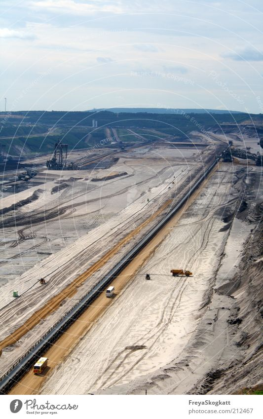 A journey through the earth's layers Energy industry Industry Industrial plant Work and employment Large Blue Brown Destruction Coal Soft coal mining Earth