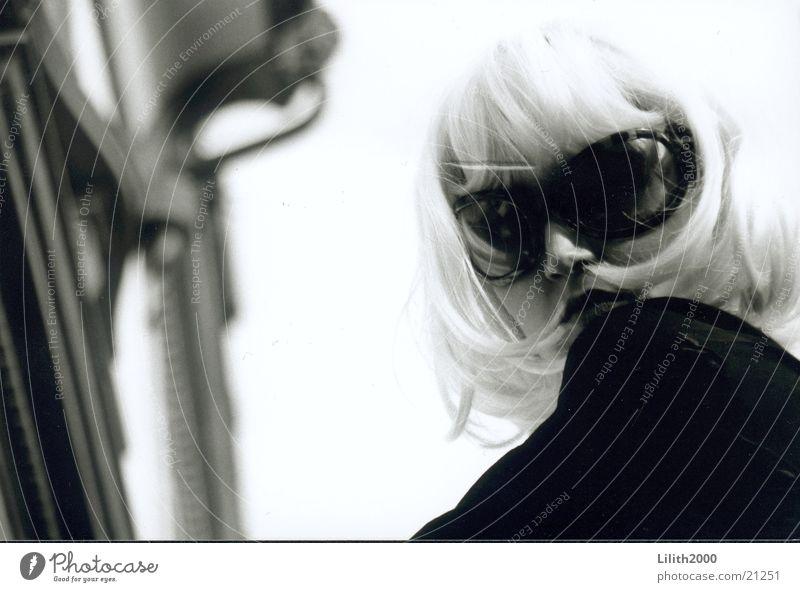 Woman Feminine Blonde Facade Sunglasses Wig
