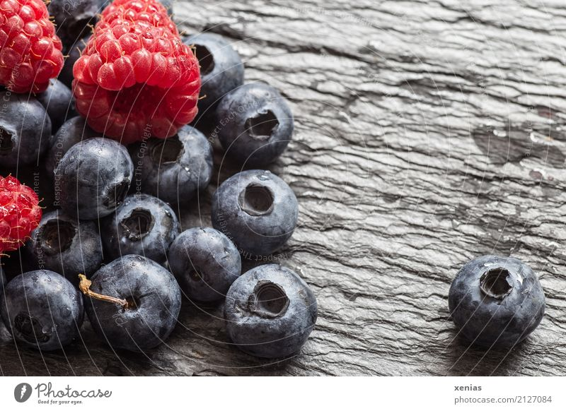 Blue Summer Red Black Autumn Healthy Stone Fruit Sweet Organic produce Vegetarian diet Vitamin Juicy Blueberry Raspberry Stone slab