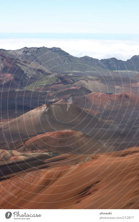 Haleakala Landscape Elements Earth Air Hill Mountain Volcano Infinity Far-off places Colour photo Copy Space top Long shot Sky Gloomy Deserted Drought