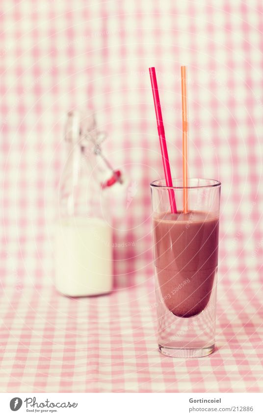 Glass Food Beverage Sweet Infancy Delicious Bottle Milk Milkshake Sense of taste Packaging Straw Multicoloured Hot Chocolate Dairy Products Whole milk