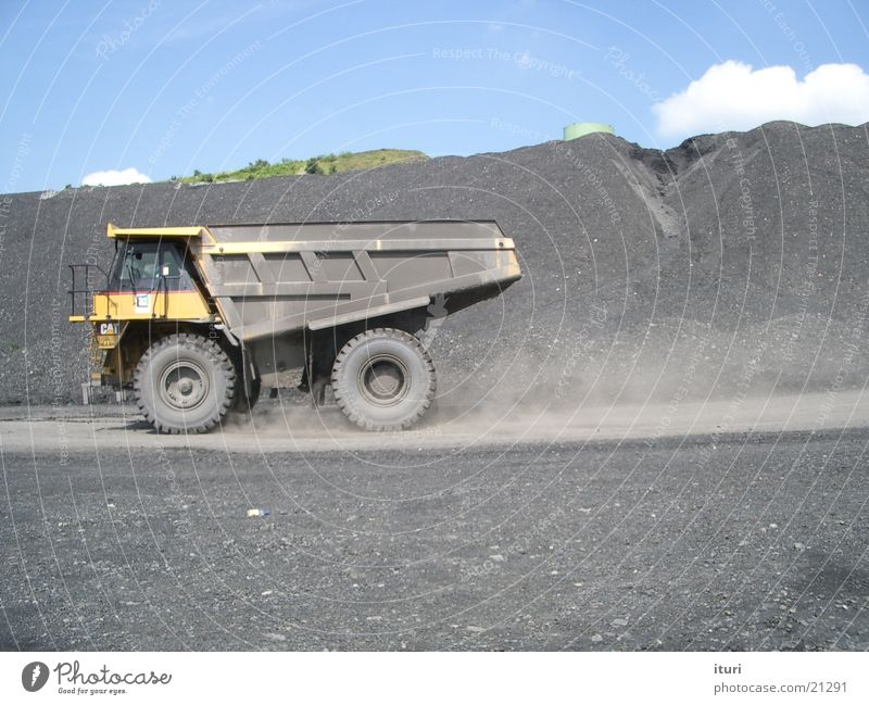 Concentrated power Dumper Power Truck Transport HORSEPOWER Energy industry Earth