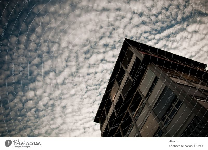cheerful to cloudy Sky Clouds Climate Weather Mannheim House (Residential Structure) High-rise Manmade structures Building Architecture Office building
