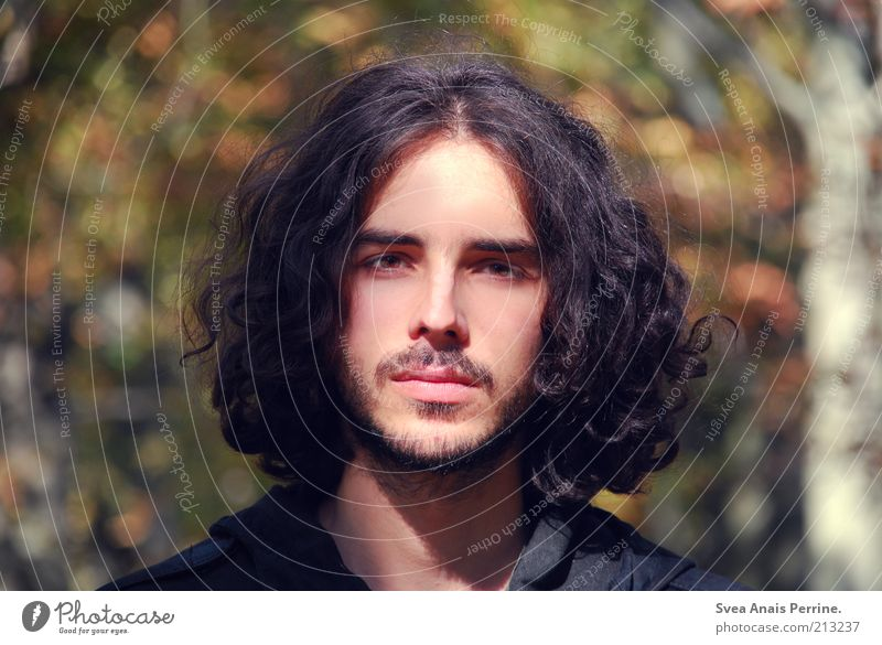 Mr. Herbst. Masculine Man Adults Lips 1 Human being 18 - 30 years Youth (Young adults) Beautiful weather Hair and hairstyles Brunette Long-haired Curl