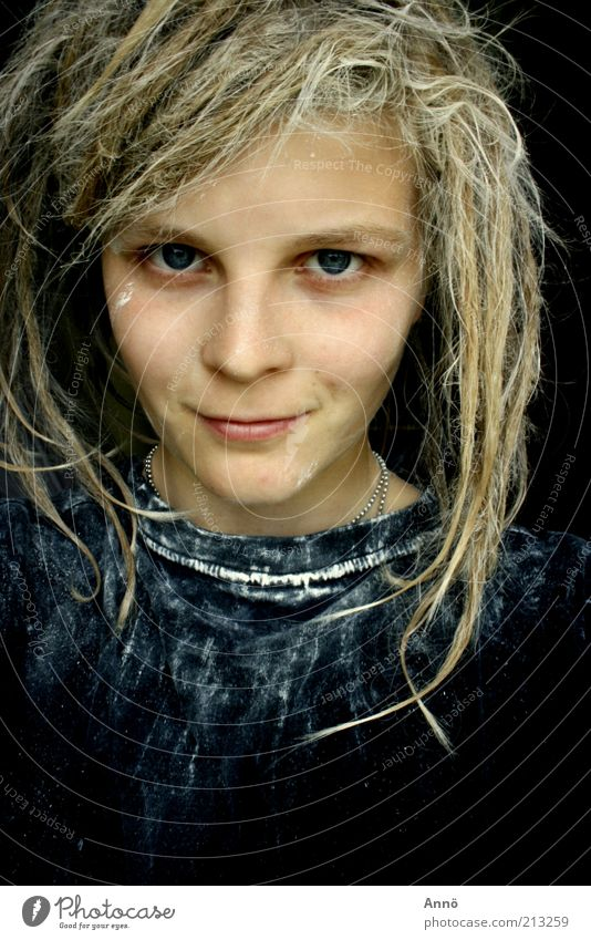 mesmeric Feminine Hair and hairstyles Eyes T-shirt Dreadlocks Looking Black Power Self-confident Resolve Smiling Subdued colour Interior shot Experimental