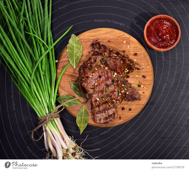 grilled piece of veal Meat Vegetable Herbs and spices Nutrition Lunch Dinner Table Kitchen Wood Eating Fresh Above Juicy Green Red Onion Dish Meal pepper Beef