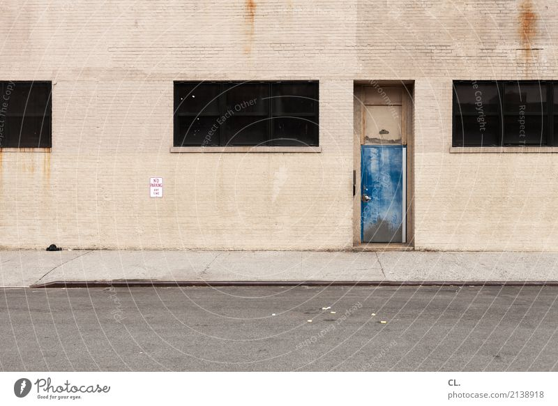 no parking any time New York City USA Town Deserted Industrial plant Factory Building Architecture Wall (barrier) Wall (building) Facade Window Door Transport