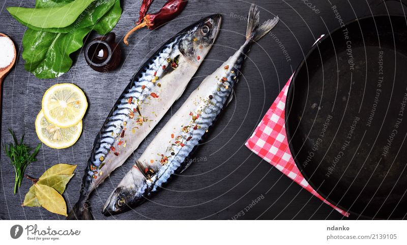 two whole mackerels Nature Green Animal Black Natural Wood Nutrition Fresh Table Fish Herbs and spices Gastronomy Restaurant Dinner Meal Slice