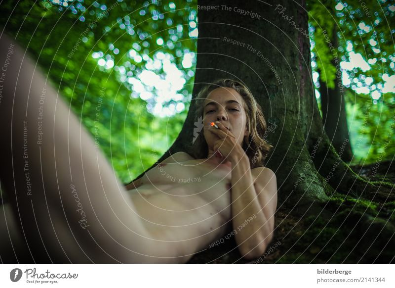Woman Nature Vacation & Travel Naked Beautiful Tree Eroticism Relaxation Leaf Forest Adults Lifestyle Emotions Feminine Berlin Grass