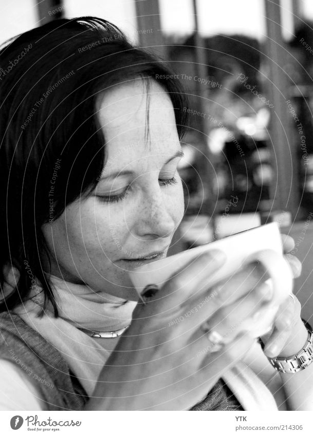 Woman Joy Calm Relaxation Feminine Happy 18 - 30 years Moody Contentment Lifestyle Warm-heartedness Soft Coffee To enjoy Drinking Jewellery