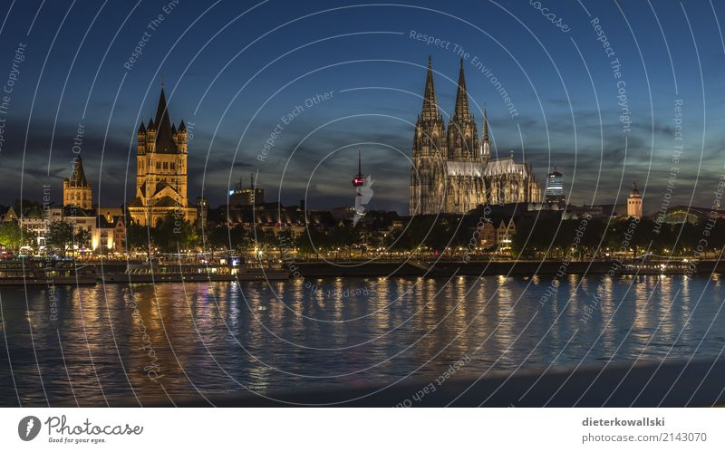 Cologne at dusk River Rhine Germany Town Downtown Old town Tourist Attraction Landmark Monument Cologne Cathedral Beautiful Home country clique Dome Carnival