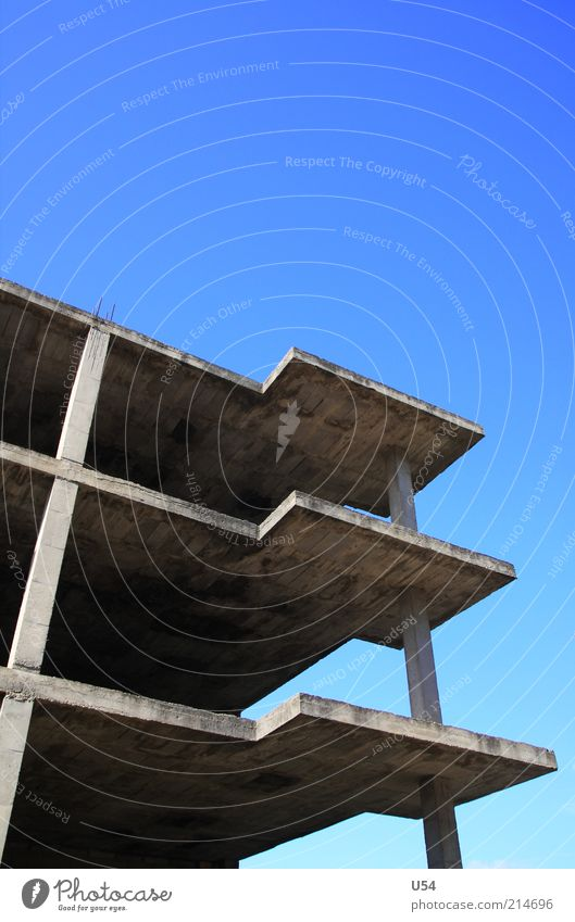 House (Residential Structure) Architecture Concrete Gloomy Construction site Story Terrace Column Blue sky Hunting Blind Cloudless sky
