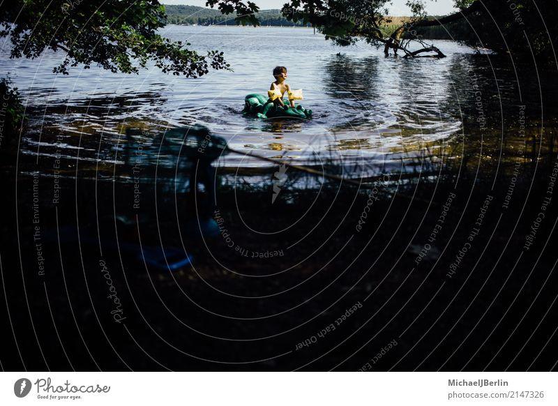 little boy in water with crocodile air mattress Swimming & Bathing Masculine Toddler Boy (child) 1 Human being 3 - 8 years Child Infancy Water Sun Summer Warmth