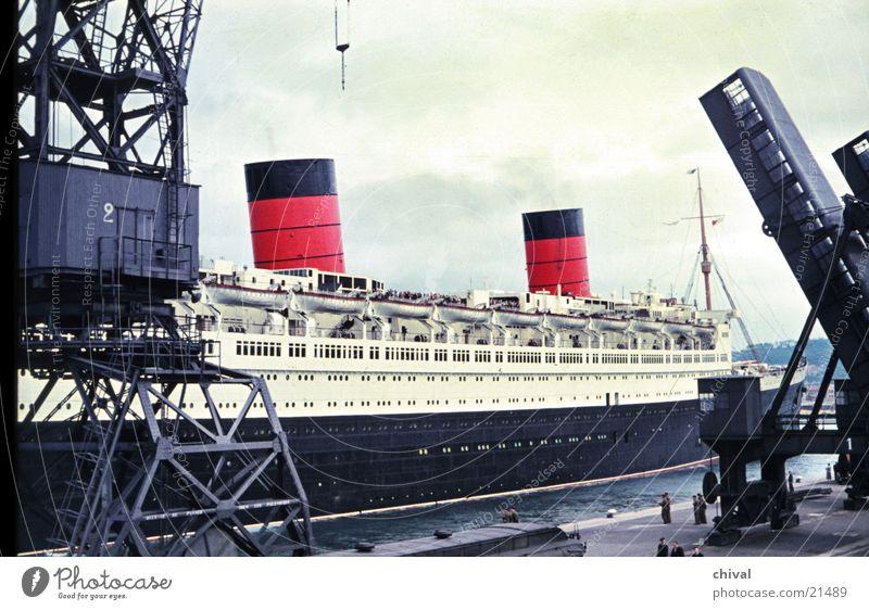 Queen Elizabeth #2 Watercraft Steamer Ocean Dock Crane Consign Mole Europe Harbour