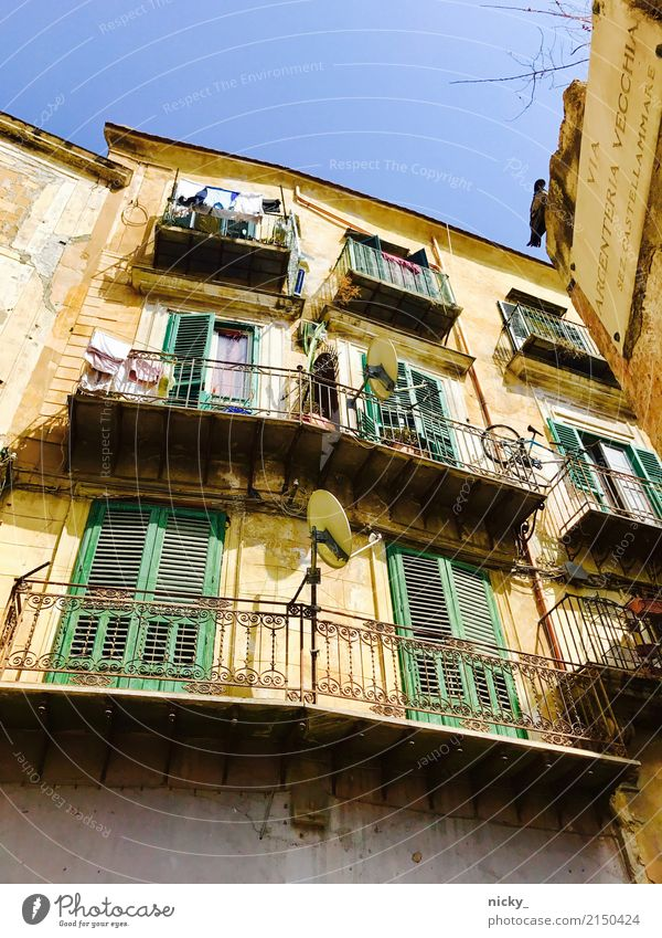 Bella Sicilia Palermo Sicily Town Old town House (Residential Structure) Places Manmade structures Building Architecture Wall (barrier) Wall (building) Facade