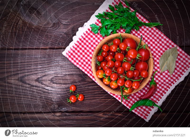 Fresh red cherry tomatoes Vegetable Vegetarian diet Diet Bowl Table Nature Wood Small Delicious Natural Above Red Tomato ripe agriculture Organic Top Cherry