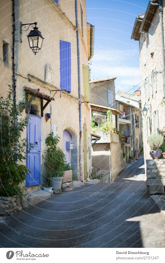 Provence Vacation & Travel Tourism Sightseeing City trip Summer vacation Village Small Town Downtown House (Residential Structure) Detached house Wall (barrier)