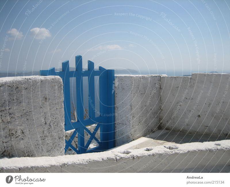 Sky White Ocean Blue Summer Far-off places Wall (building) Freedom Wall (barrier) Horizon Gate Wanderlust Sky blue Building Santorini