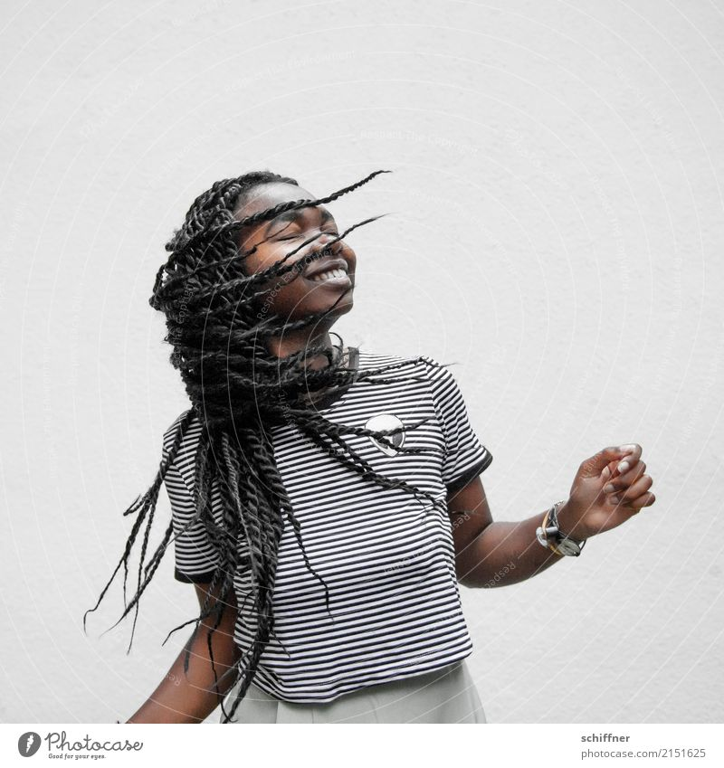 Human being Youth (Young adults) Young woman 18 - 30 years Adults Feminine Laughter Hair and hairstyles 13 - 18 years To enjoy Smiling Dance Dreadlocks