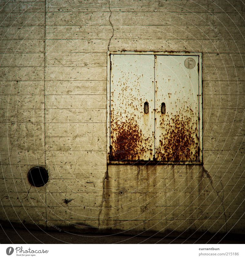 erythrophobia Characters Rust Box Concrete Line Colour photo Subdued colour Exterior shot Deserted Copy Space left Day Contrast Dirty Old Wall (barrier)